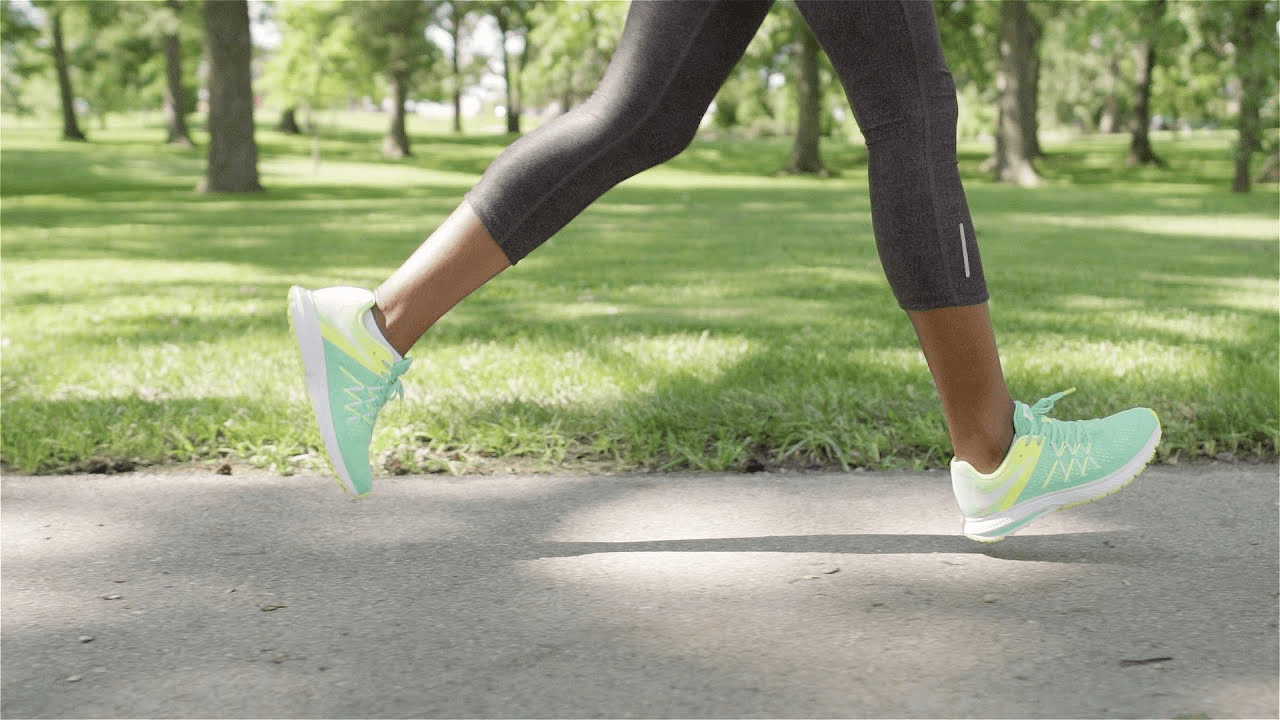 Walking shoes vs. Running shoes vs. Cross Trainers